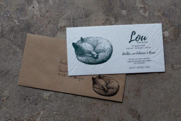 Letterpress geboortekaartje en stempel met veel detail