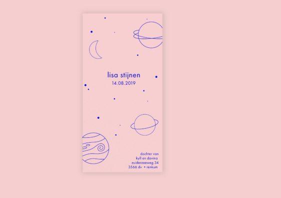 Strak letterpress geboortekaartje model ruimte blauw roze