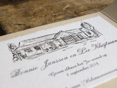 Handgetekend huis gedrukt in letterpress trouwkaart