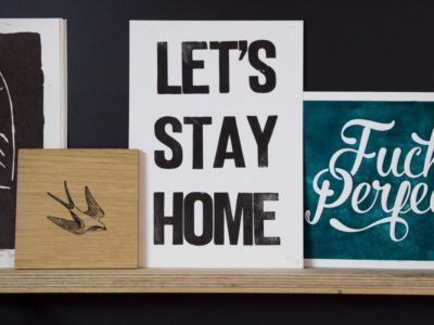 Handgedrukte print Lets Stay Home