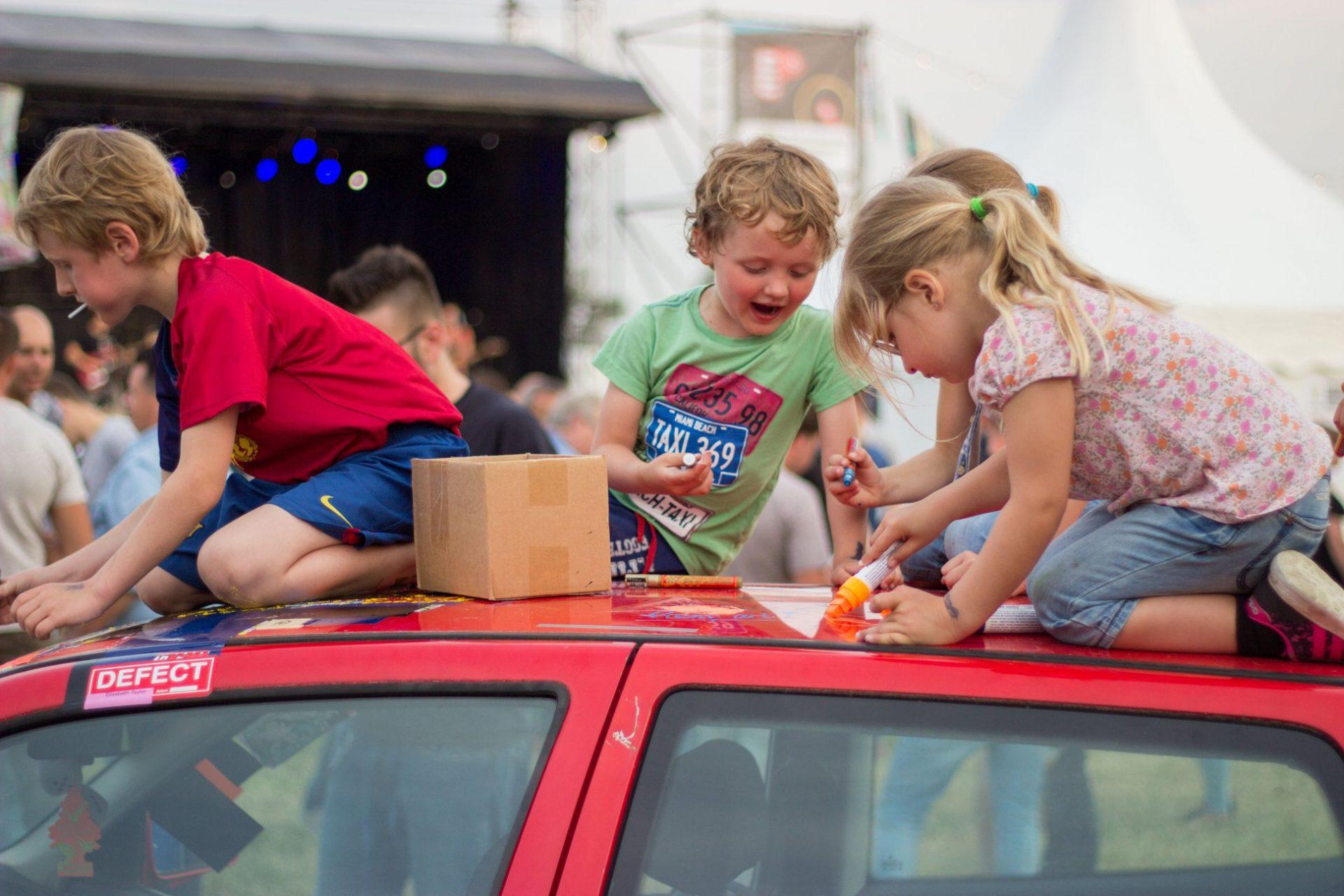 Kinderactiviteit festival met Tintenkillers