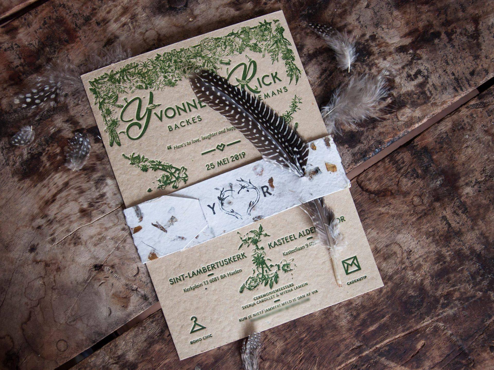 Letterpress trouwkaart op zelfgemaakt papier