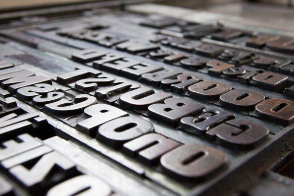Houten letterpress letters Lttrprints poëzieposter