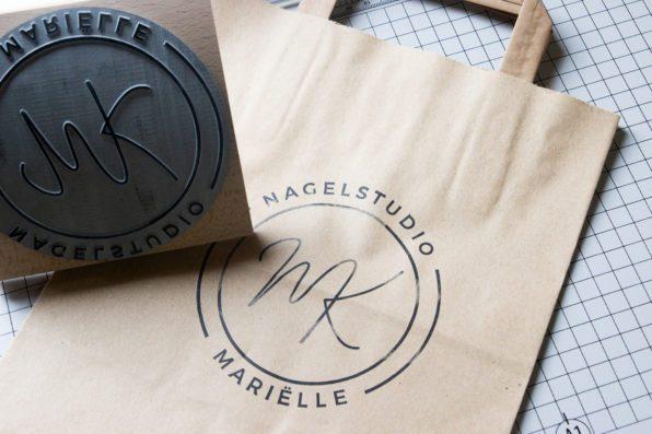 Papieren tas zelf bedrukken met logostempel